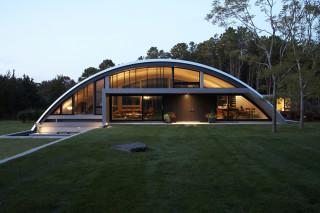 Arc House by Maziar Behrooz Architecture