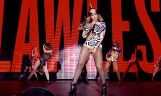 "Watch Beyoncé and Nicki Minaj Perform ""Flawless (Remix)"" Live in Paris"