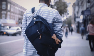 IN MOTION | Out and About with the QWSTION Weekender Organic Navy