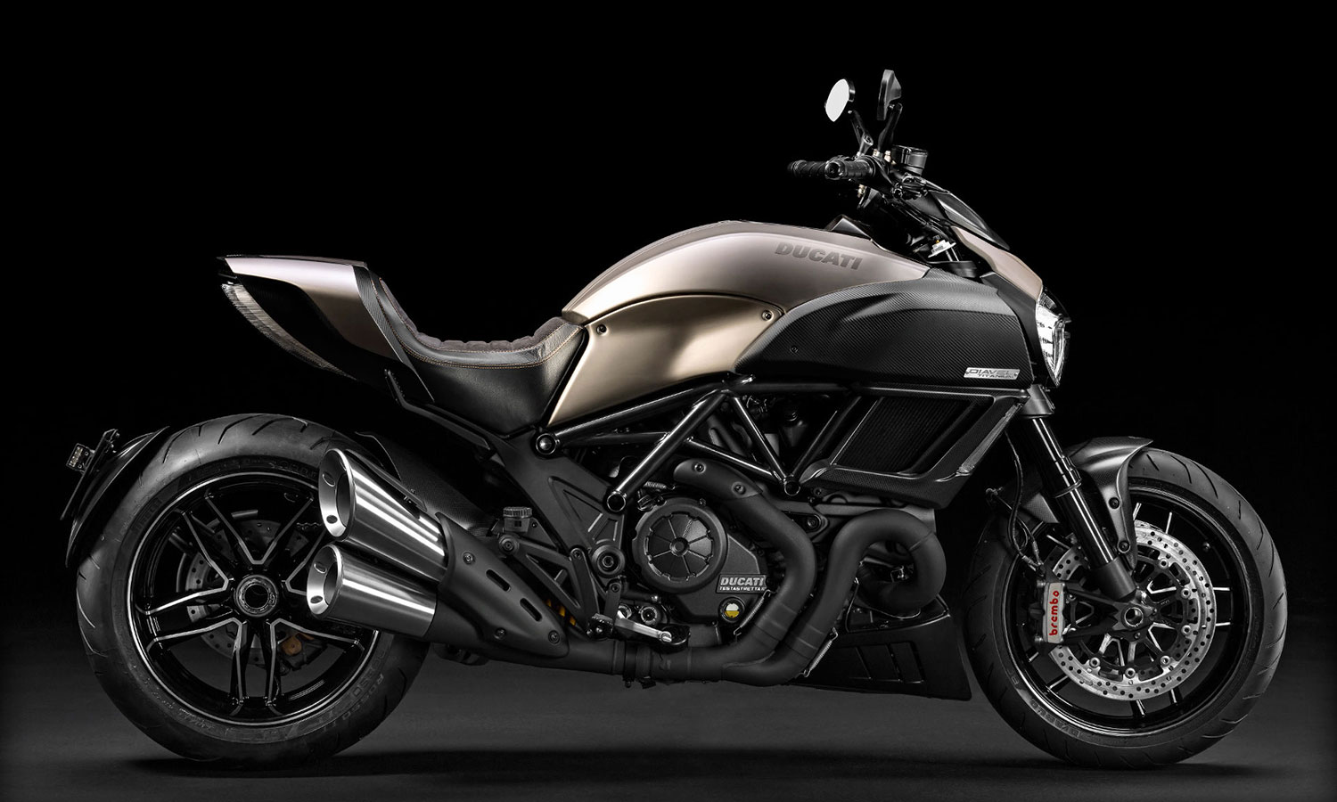 2015 ducati diavel titanium highsnobiety. Black Bedroom Furniture Sets. Home Design Ideas