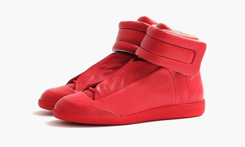 maison martin margiela red high top future highsnobiety. Black Bedroom Furniture Sets. Home Design Ideas