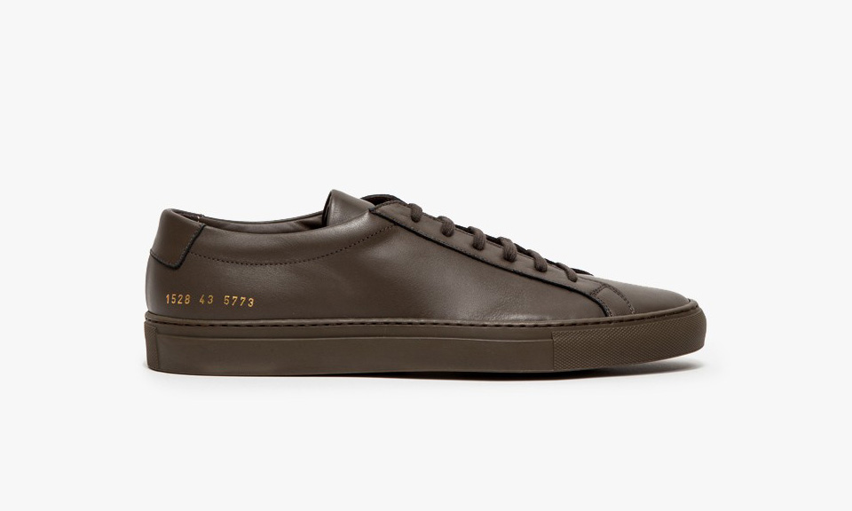 common projects achilles Common projects is a collaboration between designers flavio girolami and prathan poopat inspired by the lines and shapes of everyday objects, they design their.