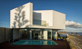 Casa en Praia dos Santos by M-Arquitectos