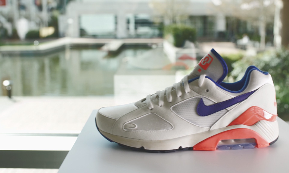 light up nike shoes for dickinson electronic archives nike air max archive beaverton headquarters highsnobiety 223