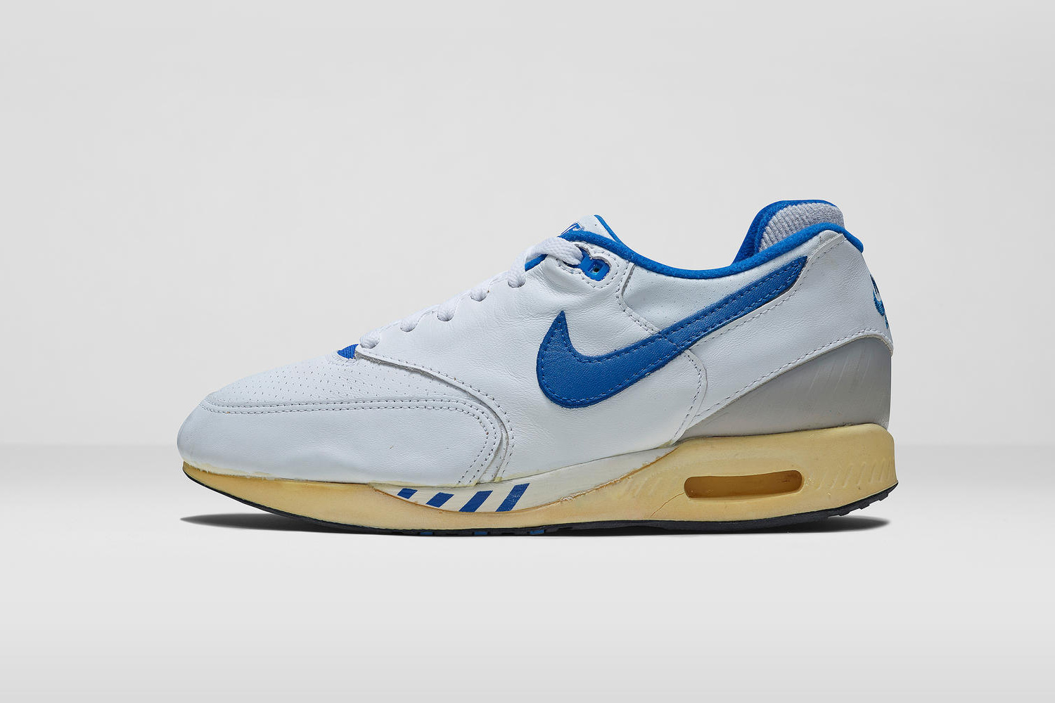 Nike 2015 Archive Light Yellow White Shoes