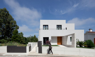 AB House by Galeria Gabinete