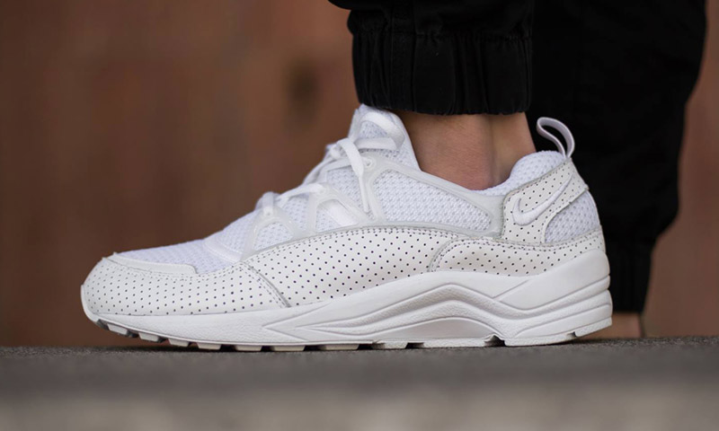 Nike Air Huarache Light Quot Perforated Triple White