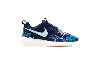 "Nike Roshe Run PRM ""Midnight Navy"" and ""Sunset Glow"""