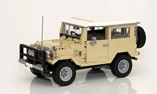 Toyota Land Cruiser 40 Series LEGO Replica