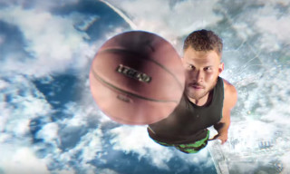 Blake Griffin and Marvin the Martian Go Head-to-Head in a Dunk Contest