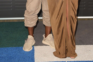 """c0d1cee01067ca Kanye West Spotted on the VMA Red Carpet in adidas Yeezy Boost 350 """"Beige"""""""