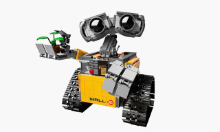 LEGO's New WALL-E Set Finally Available to Pre-Order