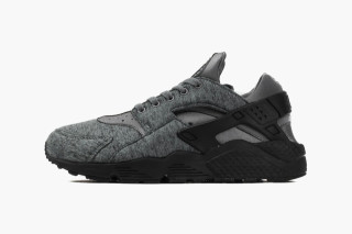 new product b09bd 7be2f Nikes Latest Air Huarache Boasts Tech Fleece Construction