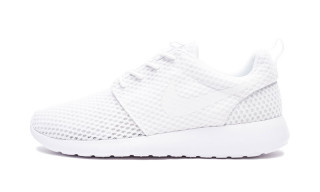 "The Nike Roshe One Gets a Breathable ""Triple White"" Makeover"