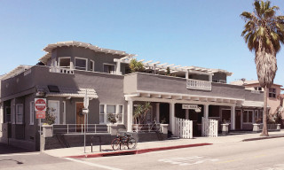 Rose Hotel in Venice Beach Is a Charming Home Away From Home