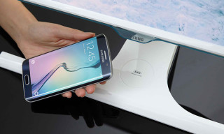 Samsung Electronics Unveils World's First Wireless Mobile Charging Monitor
