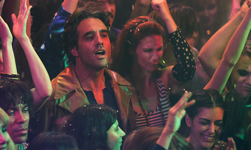 watch the first teaser trailer for hbo 39 s rock drama 39 vinyl 39 by martin scorsese mick jagger. Black Bedroom Furniture Sets. Home Design Ideas