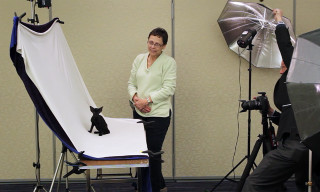Watch the World's Foremost Cat Photographer in Action in 'The Purrtraitist'