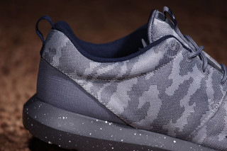 Nike Roshe Two Black Sail on Foot Video at Exclucity