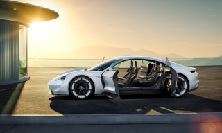 Porsche Shows off the Interior Design of the Concept Study Mission E