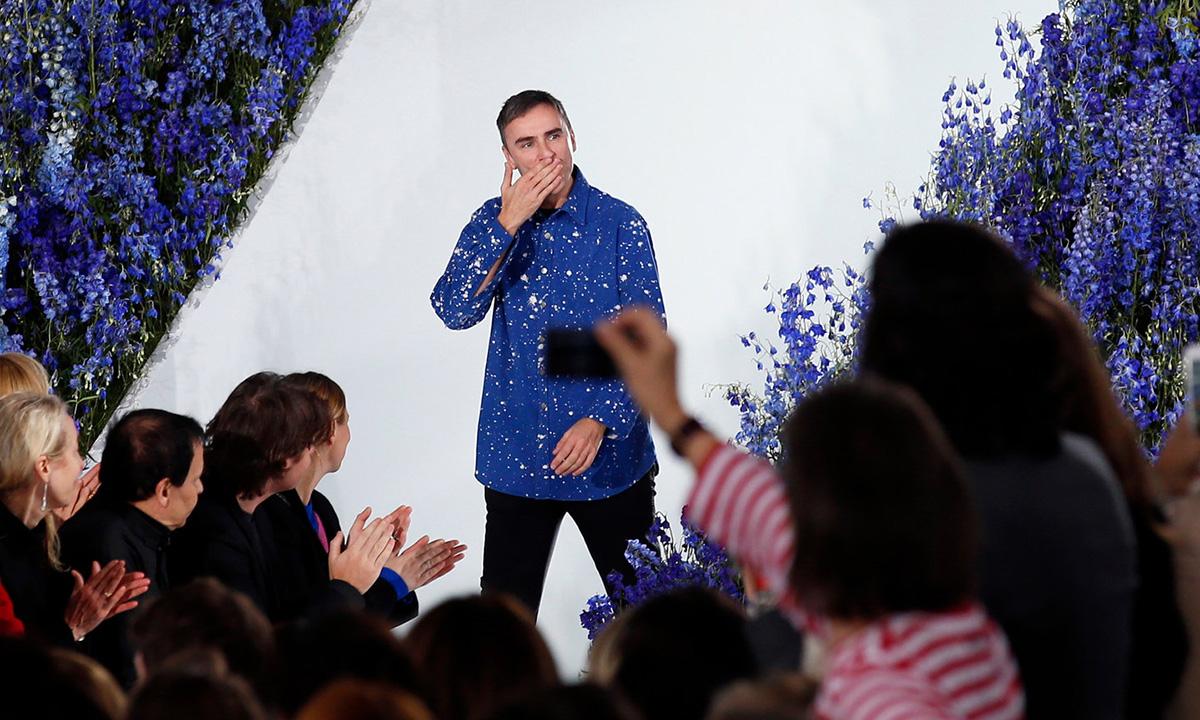 Raf Simons Steps Down At Christian Dior Raf Simons Steps Down At Christian Dior new images