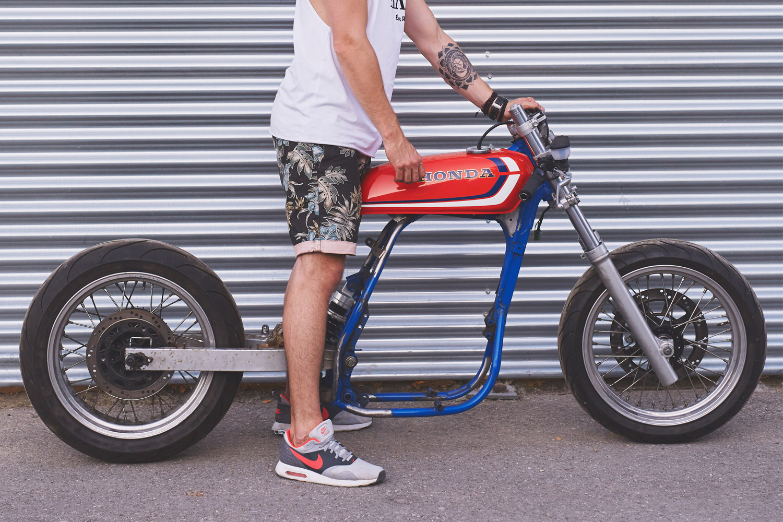 How To Turn A Dirt Bike Into Cafe Racer Part 1 Highsnobiety Bikes Honda Xr Gas Tank
