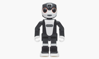 The RoBoHoN Smartphone Is Almost Human