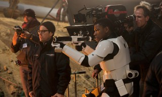 Go Behind the Scenes of 'Star Wars: The Force Awakens'