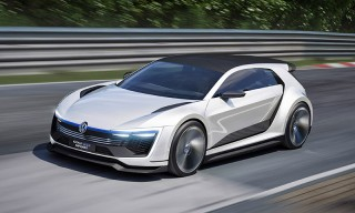Volkswagen Takes the Cover off Its New Golf GTE Sport Concept