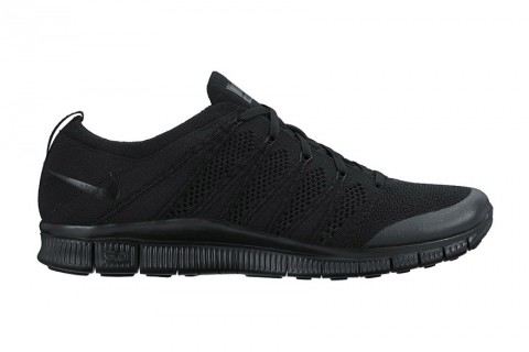 nike free flyknit nsw triple black