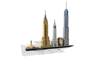 "LEGO Architecture's New ""Skyline"" Collection Features Venice, Berlin & New York"