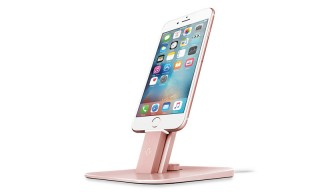 Get Charging in Tonal Colorways With This Dock for iPhone & iPad
