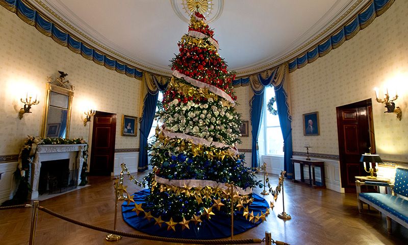 Take a 360 virtual tour of the white house 39 s holiday for Online house tours