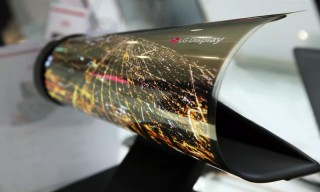 LG Unveils Rollable Display Screen