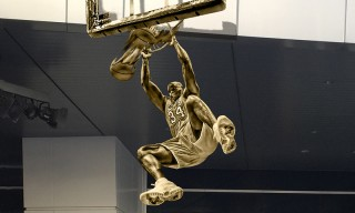 Los Angeles Lakers to Honor Shaquille O'Neal With Statue