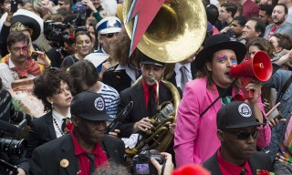 Arcade Fire Pay Tribute to David Bowie With New Orleans Memorial Parade