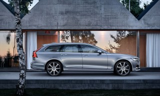 Volvo Brings Back the Station Wagon With the Luxurious V90