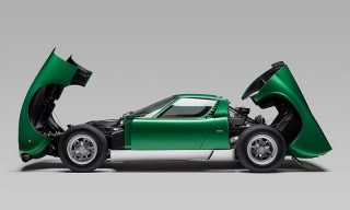 Lamborghini Restores the One-of-a-Kind Miura SV