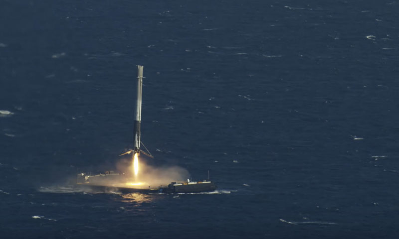 Watch Spacex S Historic Ocean Landing Highsnobiety