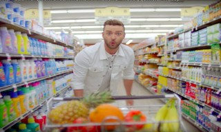 "Justin Timberlake's ""Can't Stop the Feeling"" is Straight Out of the Summer Anthem Playbook"