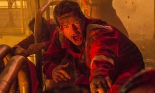 Mark Wahlberg Stars in First Trailer for BP Oil Disaster Film 'Deepwater Horizon'