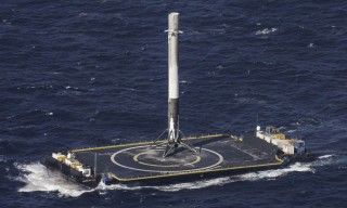 Watch an Amazing SpaceX Landing From the Rocket's POV
