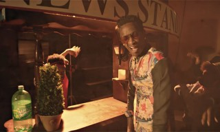 "Young Thug Makes His Own Newspaper in the Video for ""Memo"""