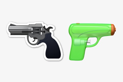 apple-gun-emoji-water-pistol-001