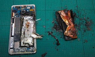 """Samsung Stops Note7 Sales, Tells Owners They """"Need"""" to Turn off & Return Device"""