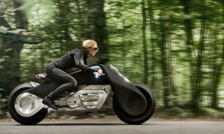 Can BMW Motorrad's Futuristic Bike Balance Speed, Danger, and the Need to Be Safe?