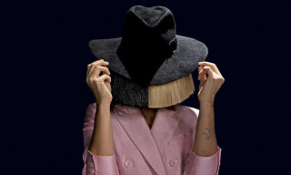 Sia Destroys Paparazzi By Posting Naked Picture Herself