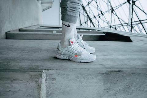 Celebrity wearing converse sneakers