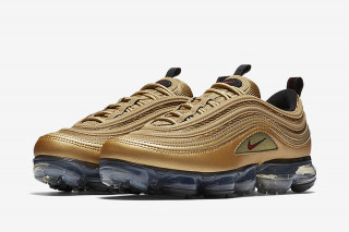 492002c039199d Nike s Air VaporMax 97 Gets the Metallic Gold Treatment