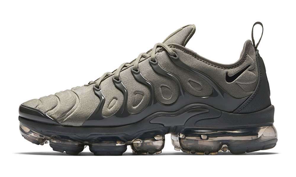 Nike Gets Regimented With Two Military-Inspired Air VaporMax Plus Colorways 8f3e8ac28